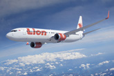 Boeing, Lion Air Finalize Historic Order for up to 380 737s