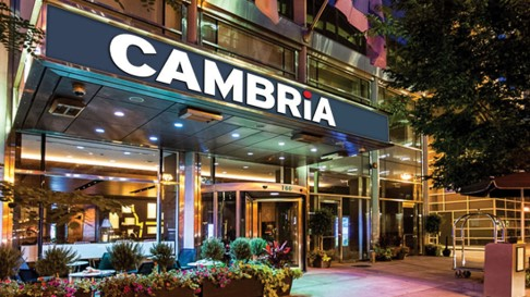Cambria Hotel & Suites Chicago Magnificent Mile Exterior