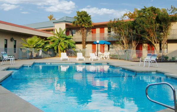 Econo Lodge Pool, Bossier City, LA