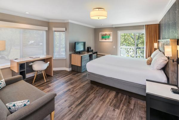 UpValley Inn Hot Springs, an Ascend Hotel Collection Member