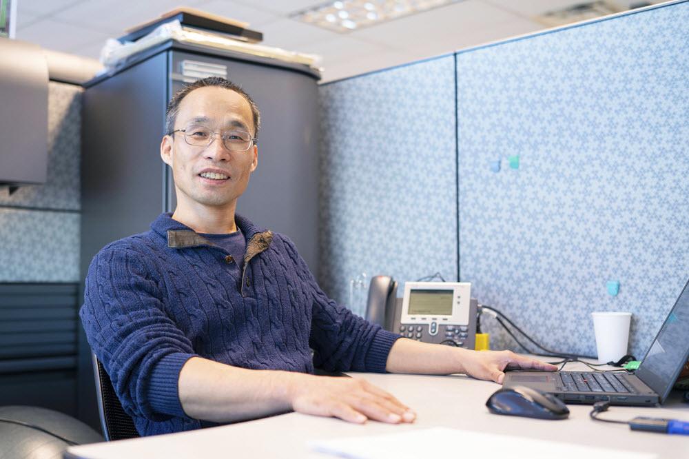 http://newsroom.ibm.com/image/Kangguo_Cheng_1000x.jpg