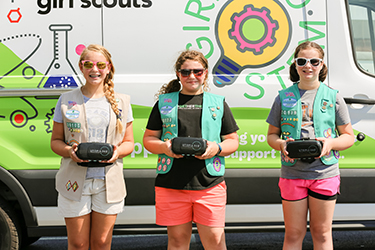 Mobile STEM lab brings future in focus for girls