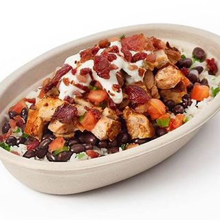 Chipotle to test bacon, nachos, late-night $2 menu