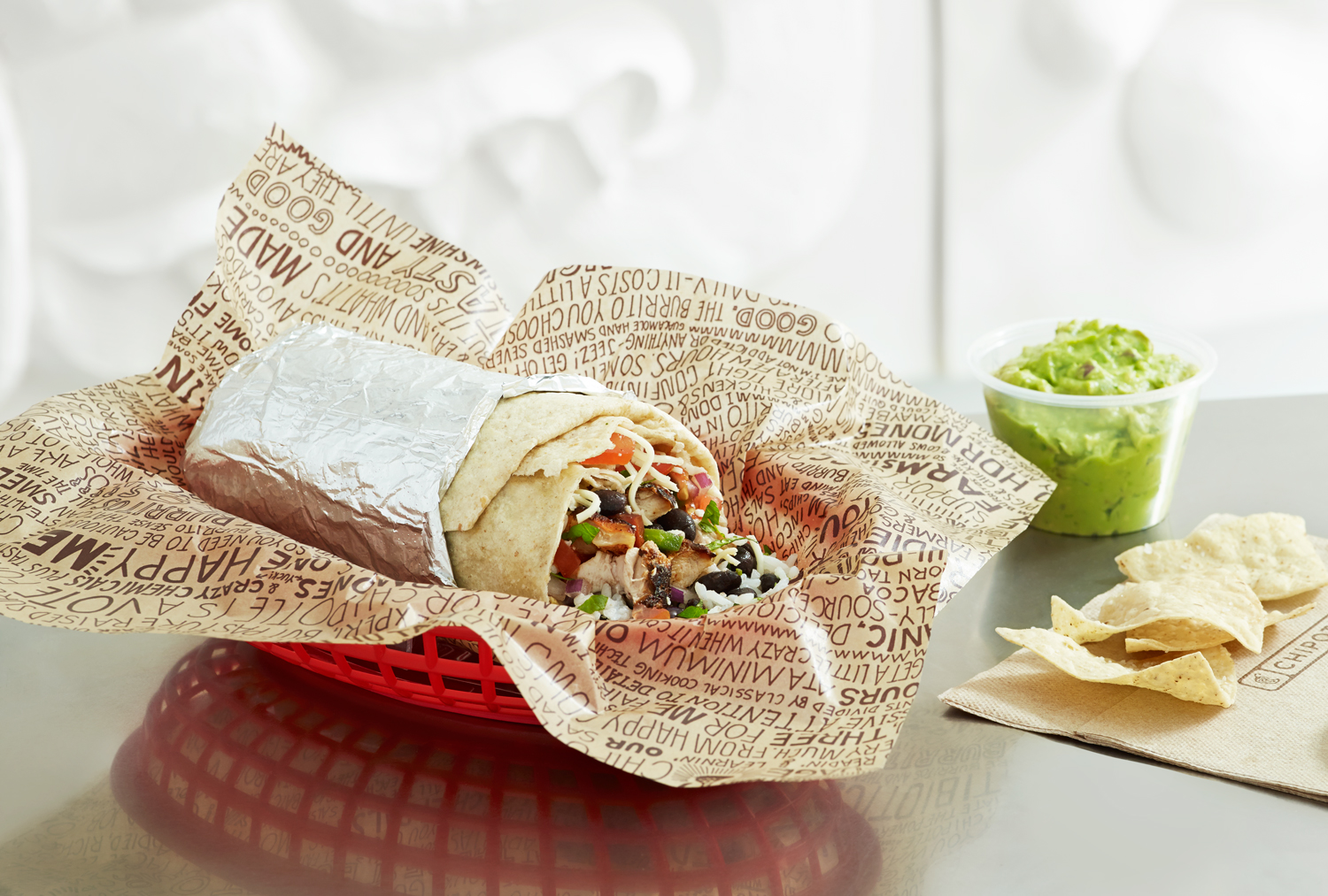 Chipotle Thanks Vets With BOGO Special on Veterans Day
