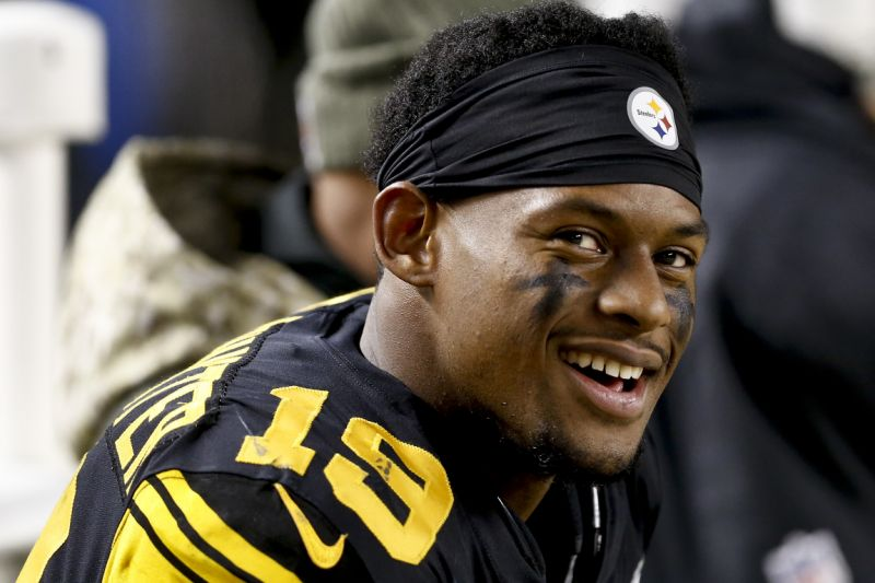 Hot or Not? Steelers' JuJu Smith-Schuster has Chipotle-themed cleats
