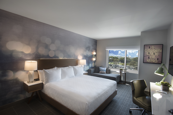 Cambria Hotels & Suites LAX Guestroom