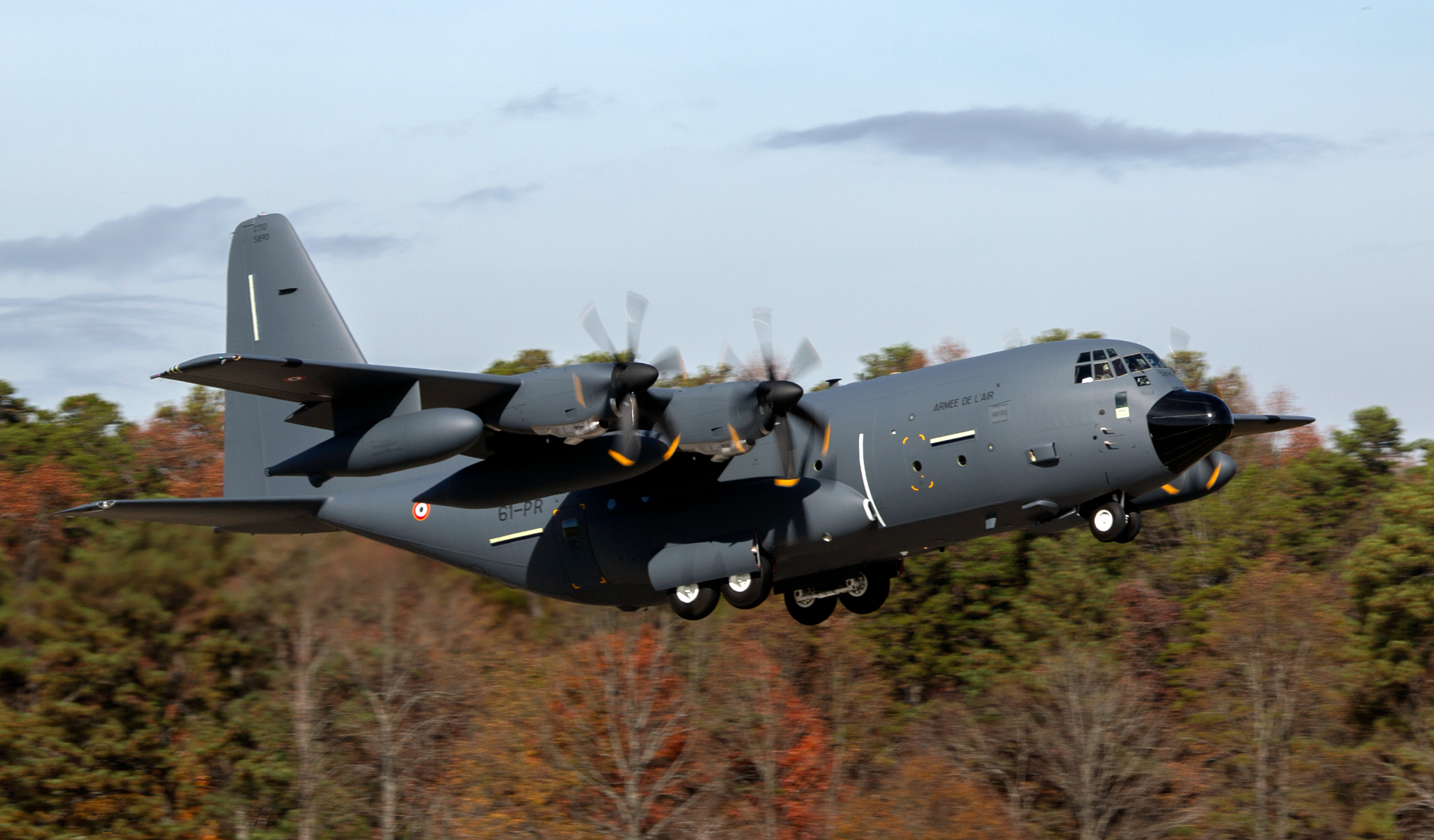 France's second KC-130J Super Hercules aerial refueler takes off from Lockheed Martin's facility in Marietta, Georgia, upon delivery in 2019.