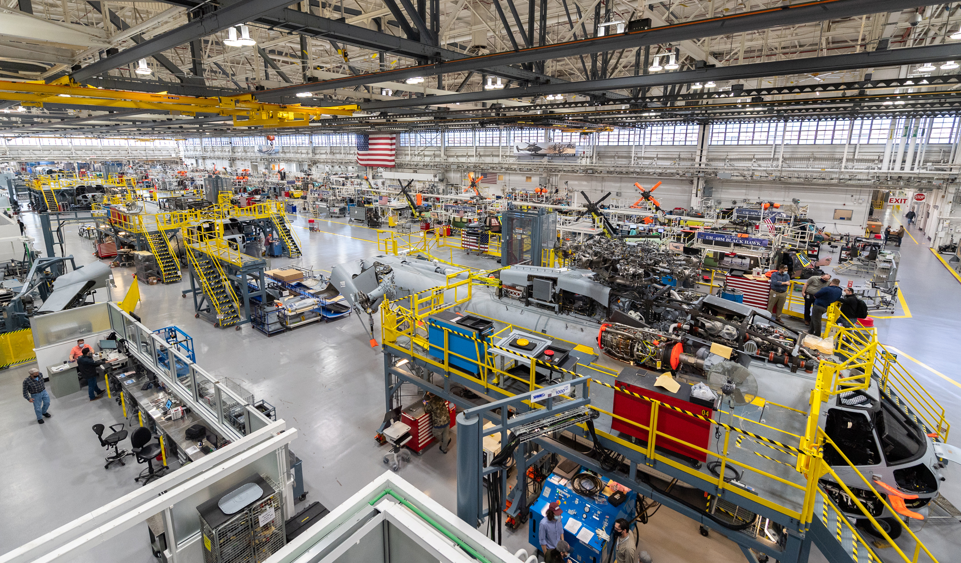 Stratford, Conn.: Sikorsky employees building CH-53K ™aircraft utilizing 3-D work instructions, new titanium machining centers with multi-floor ergonomic platforms.