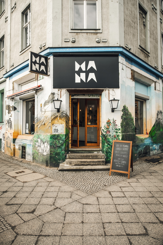 PayPal QR-Code im Restaurant Mana in Berlin Schöneberg