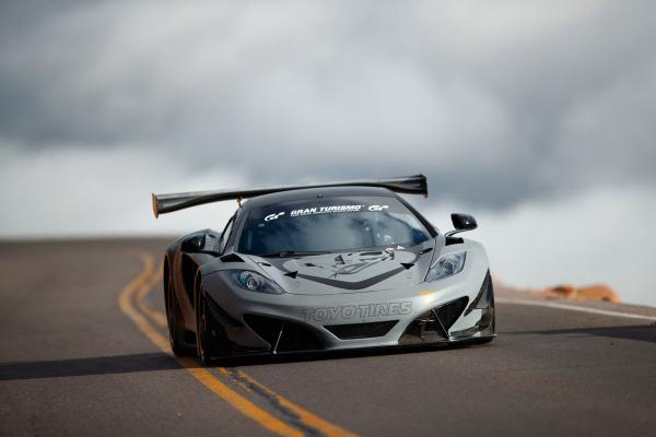 Flying Lizard / Toyo Tires McLaren 12C GT3