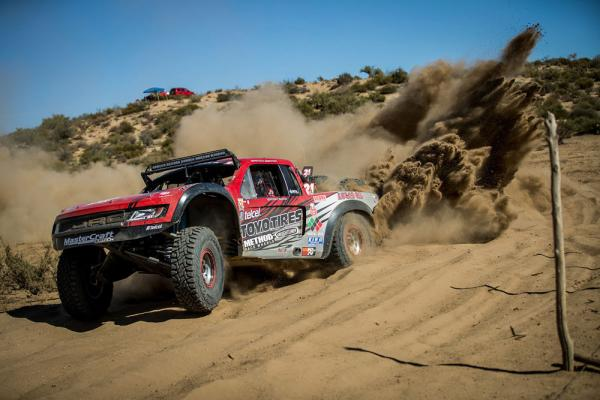 Toyo and Vildosóla Racing Win the TT Legend Class of the 50th SCORE Baja 1000